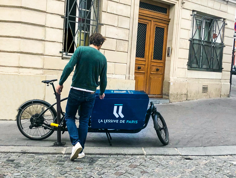 triporteur livraison lessive de paris